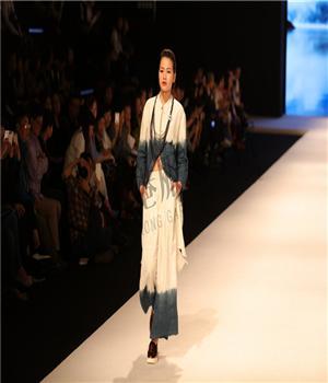 香港服装学院-金利昌杯--服装设计师何小芝-主题:《倒影》