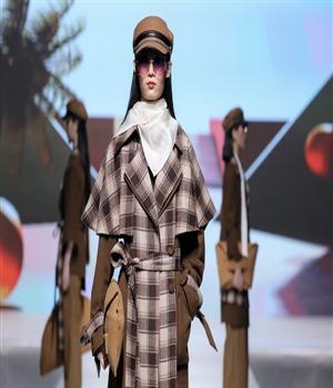"""2020年深圳技能大赛""""选手风采"""":跟着服装设计大赛冠军走进""""设计世界"""""""